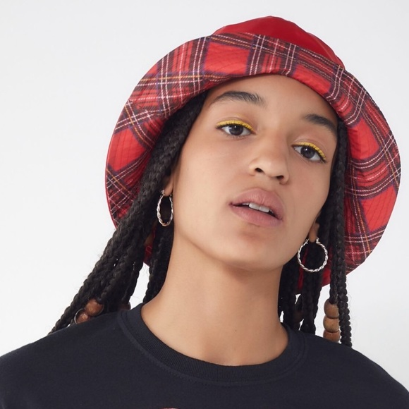 ecdcdca7330a0 NWT Urban Outfitters Red Plaid Bucket Hat.-V7.